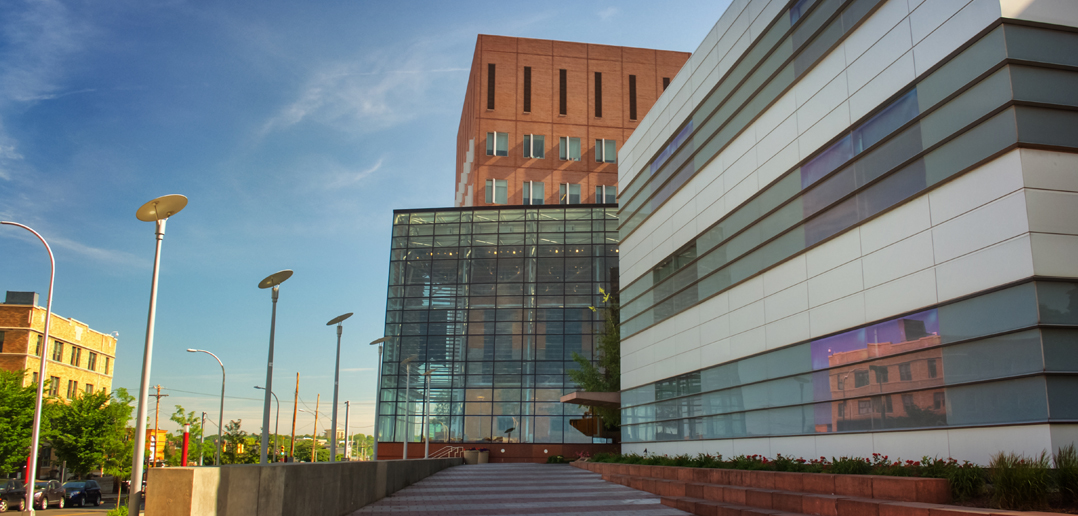 image of the outside of the Martin J. Whitman School of Management at Syracuse University