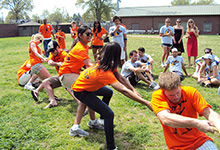 Whitman students play tug-of-war